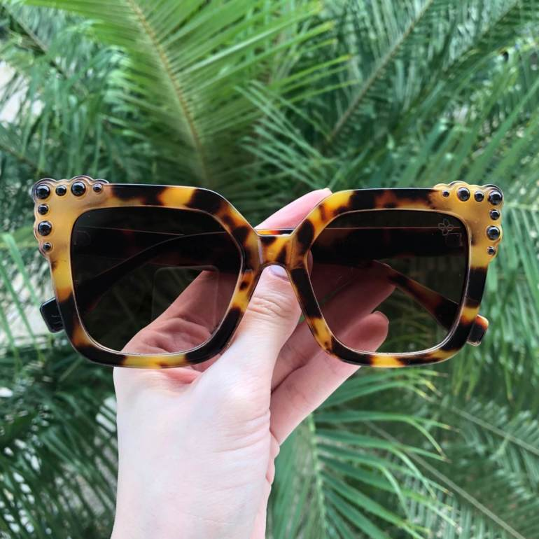 saline.com.br oculos de sol rebeca oncinha 1