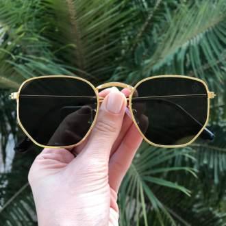 oculos de sol hexagonal dourado com verde elisa new