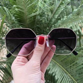 oculos de sol quadrado prata elisa 4 0