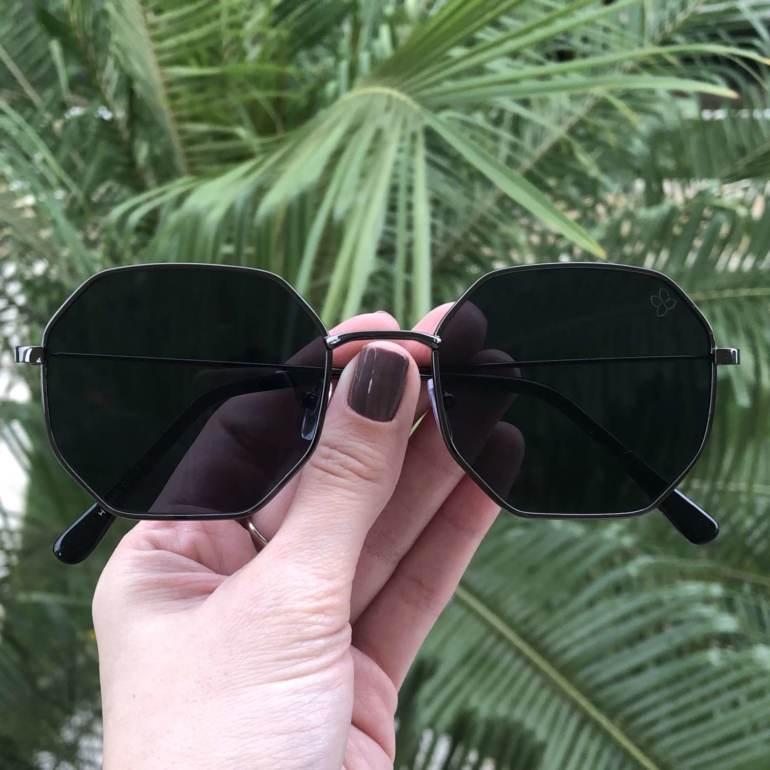 oculos de sol quadrado preto elisa 4 0