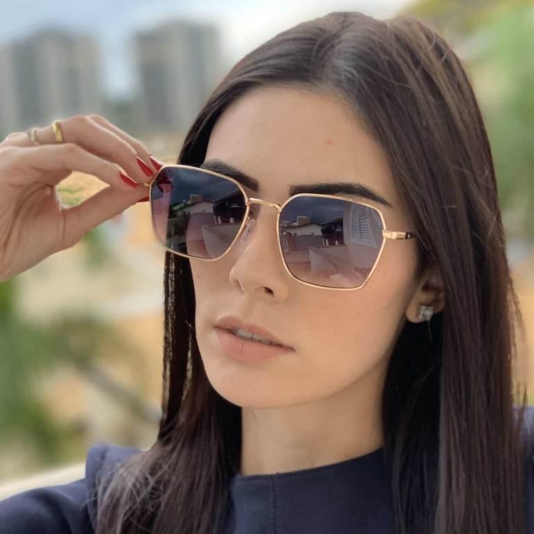 saline.com.br oculos de sol quadrado isis dourado 2