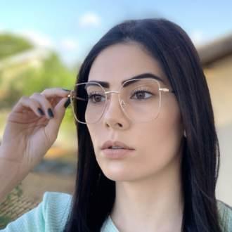 safine com br oculos de grau dourado com nude carla 3